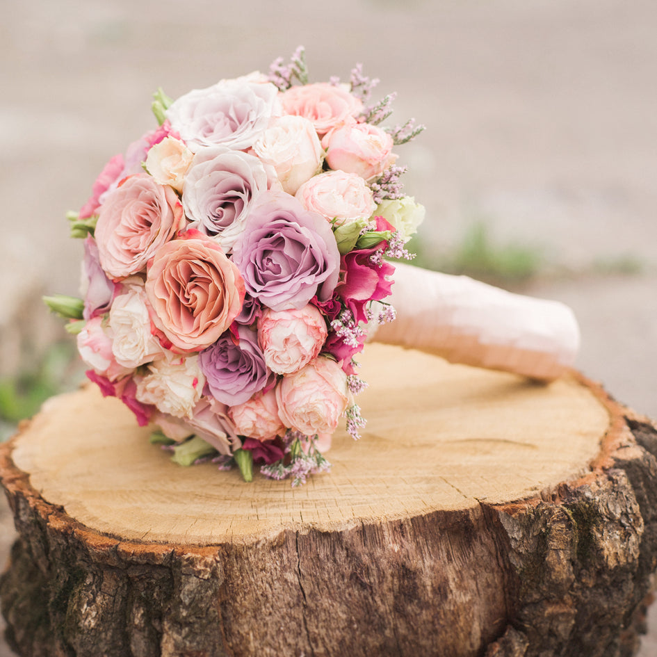 10 Ways to Use Wood Slabs in Your Wedding Decor