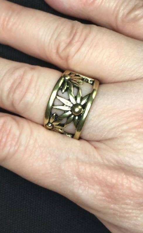 Let A Thousand WILDFLOWERS Bloom - Brass Paparazzi Ring - Carolina Bling Boss
