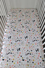 Load image into Gallery viewer, MEOW COT SPILL PILLOW & FITTED SHEET / COTTON