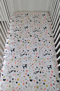 MEOW COT SPILL PILLOW & FITTED SHEET / COTTON