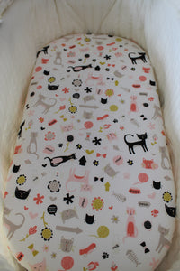 MEOW BASSINET SPILL PILLOW & FITTED SHEET / COTTON