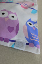 Load image into Gallery viewer, HOOT LAUNDRY BAG