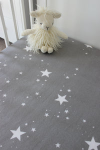 STAR COT FITTED SHEET / FLANNELETTE