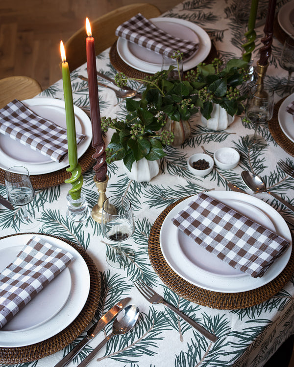 Christmas Table Setting with Sarah Tomczak, Editor of Red Magazine
