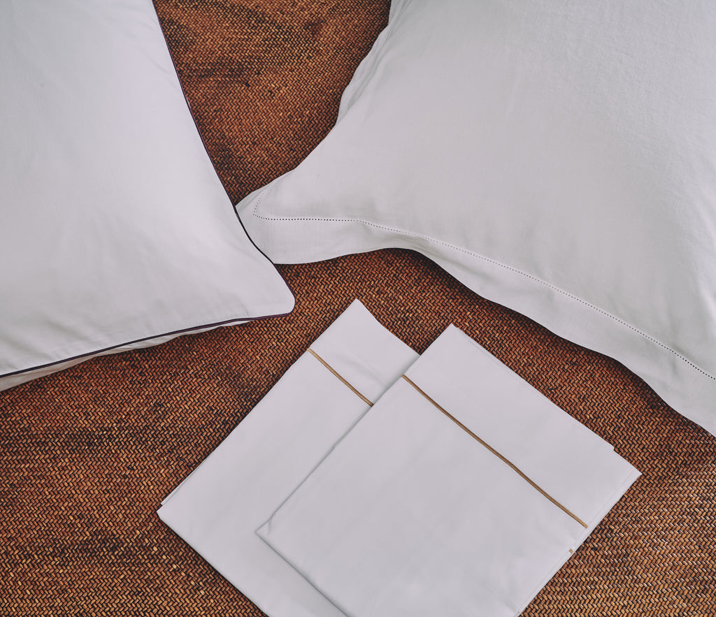 Luxury Italian woven bed linen sheets premium high quality superior super soft Egyptian cotton 1000 thread count