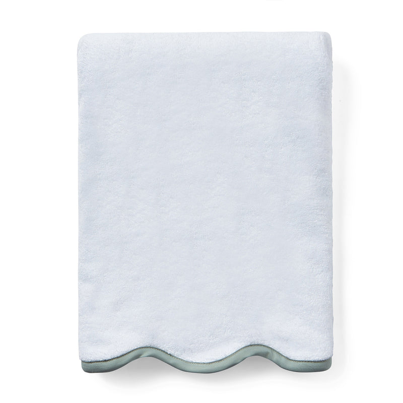 Scallop Pique Bath Towels, White
