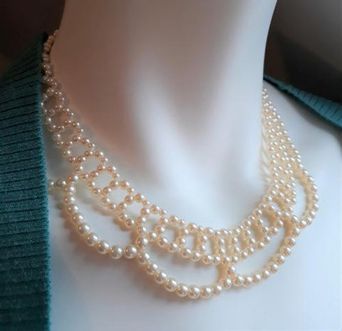 Bib Necklace with faux pearl