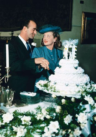 Bette Davis, 1945 wedding