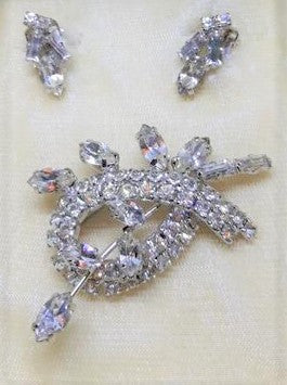 Brooch Set