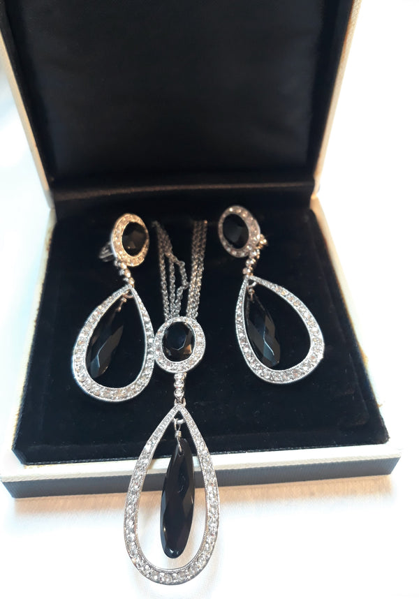 Stunning Monet Signed, BLACK Onyx and Rhinestone Teardrop Shaped, Necklace and Clip-on Earring Set