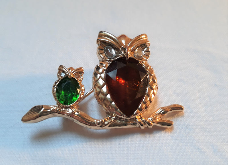 Gold Tone Mother Owl with Baby Brooch with Jelly Belly Rhinestones