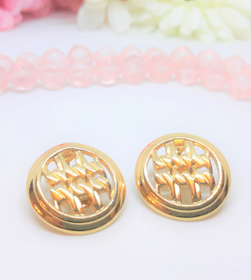 Vintage Monet Signed Clip-On Earrings - Stunning Gold Tone