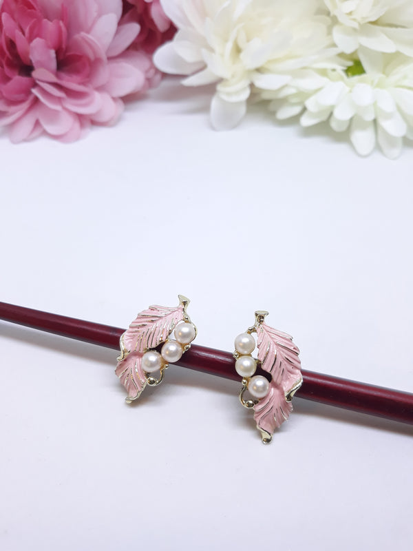 Stunning Pink Floral Earrings - Screw Back 1950s-60s