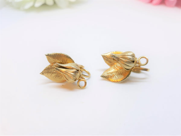 Vintage Gold Tone Tulip Flower Earrings - 1960s Delicate