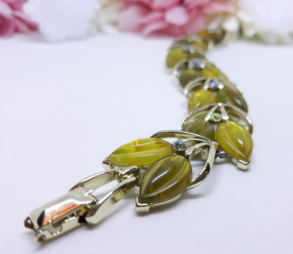 1940s Star Hallmarked, Chartreuse (Light Green), Bracelet with Aurora Borealis Stones