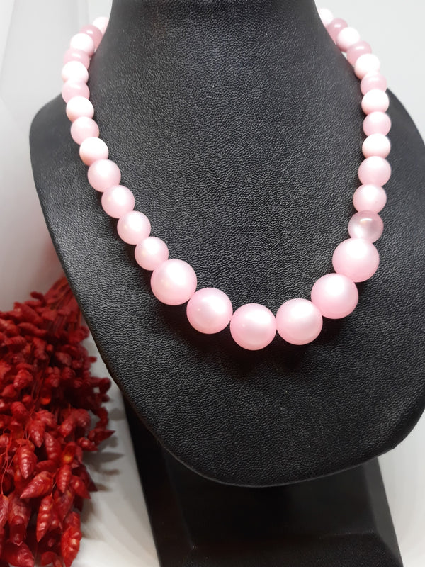 Vintage 1950s Thermoset Pink Necklace