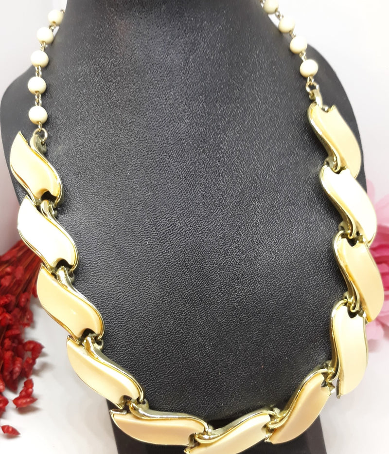 Stunning Coro Signed Light and Tan Cabochon Thermoset Necklace