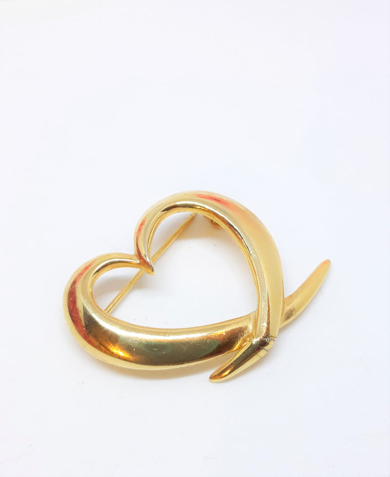 Tiny Gold Tone Brooch - Unsigned