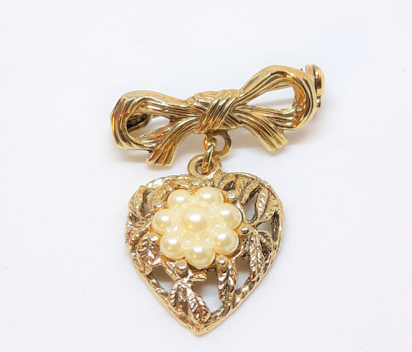 Gold Tone Heart Shaped Brooch with Pearl