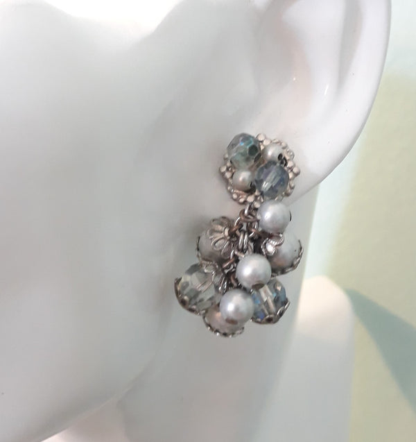 Vintage 1950s Gray and Pearl Screw back Dangle Earrings