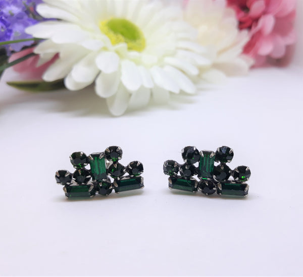 Green Emerald Rhinestone Pronged 1950-60s Screwback Earrings