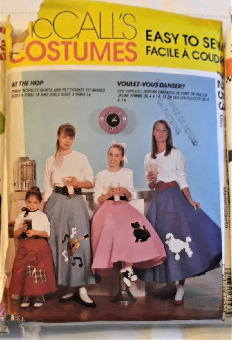 Simplicity Pattern 3706 - Make a 1950's Vintage Swing, Poodle Type skirt & Blouse - Large - XL Size