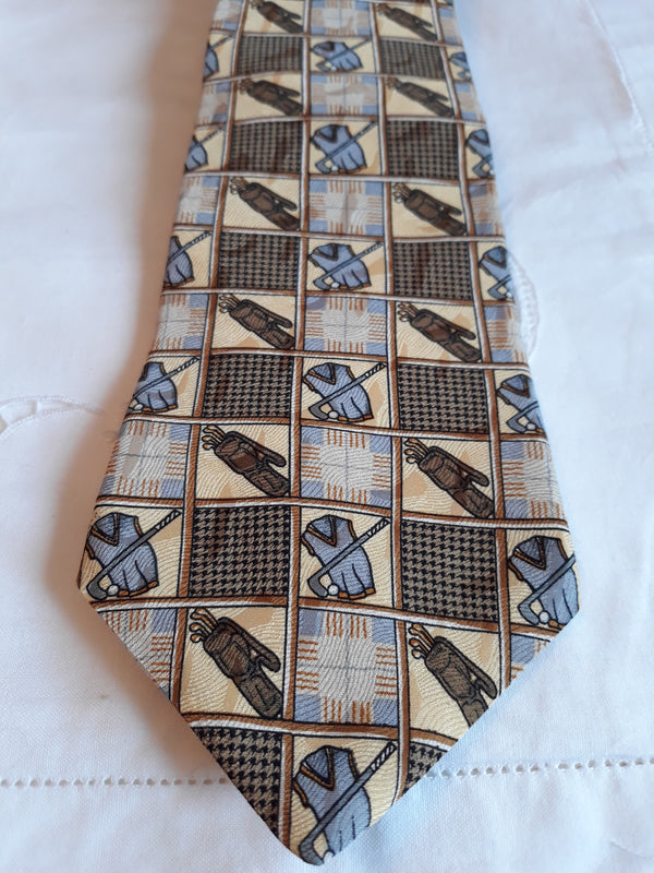 Gorgeous Men's Gold Pattern Neck Tie