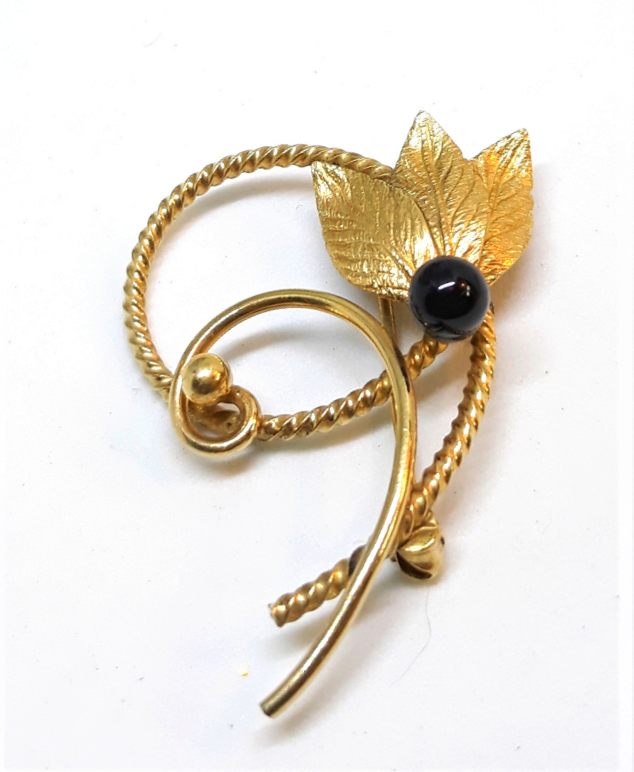14 Carat Gold Filled Floral Vintage Brooch
