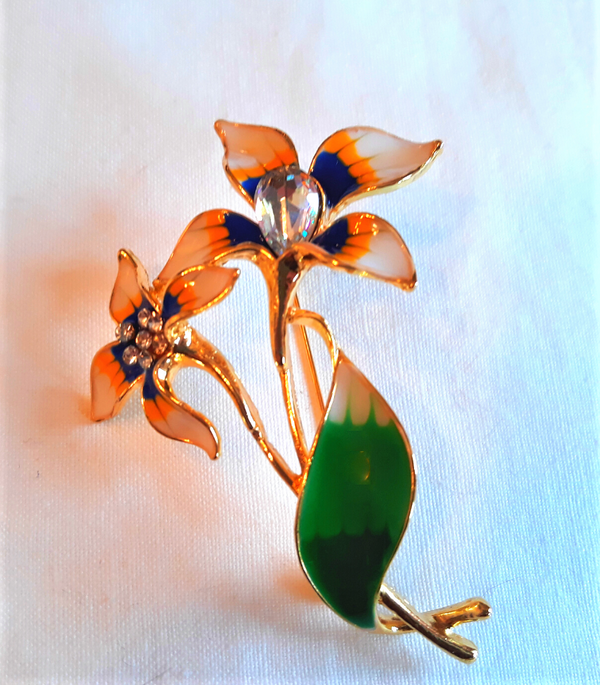 Gorgeous 1940s Reproduction Blue, White and Yellow, Floral Brooch (NEW)