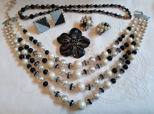 Black & White Lot - 1950s-60s, 2 x necklaces, 2 x Pairs Earrings - Moonglow, Flower Brooch
