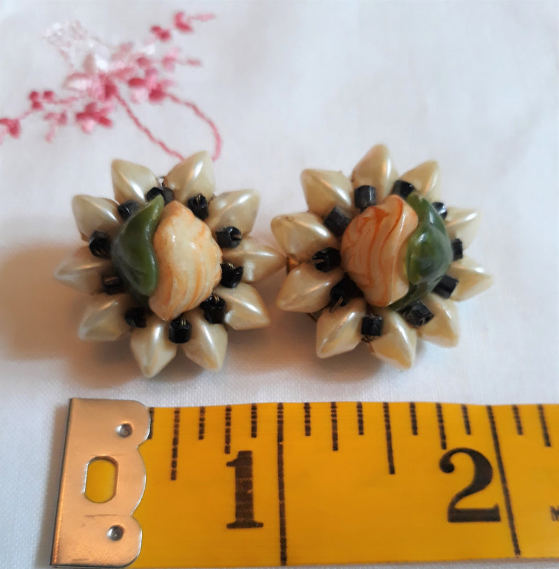 1950s CLIP-ON Earrings, Flower - Faux Yellow Pearl, Sunflower, Stunning Yellow, Green, Earrings