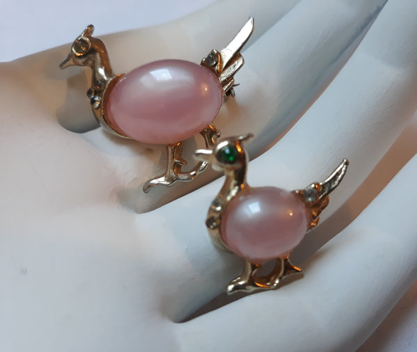 Vintage Jelly Belly Moonglow, Pink and Gold Hen Scatter Pins, Possibly CORO, unsigned STUNNING