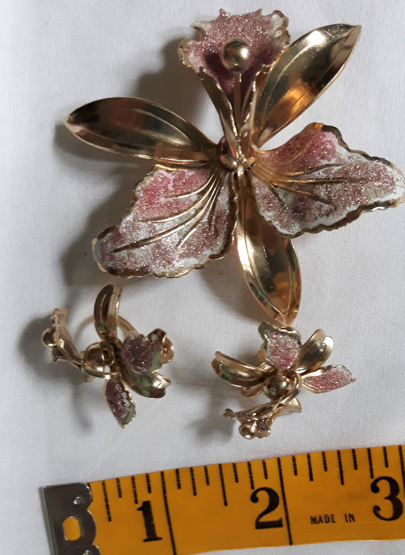 Vintage Pink and Gold Glitter Brooch with Matching Clip-On Earrings