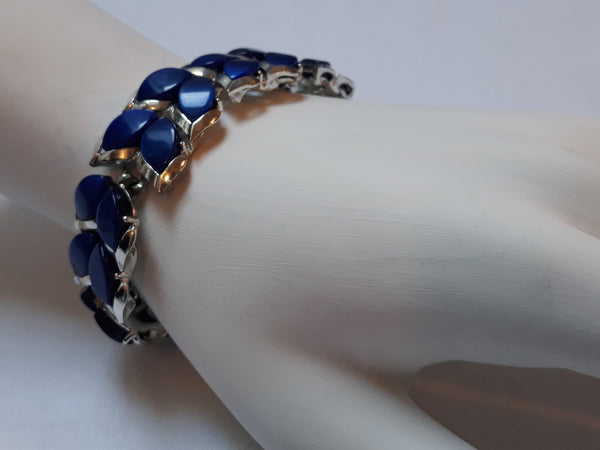 Thermoset Marquis Blue Thermoset Bracelet, Silver Tone, Dual Leaf, Unsigned Lisner/Kramer