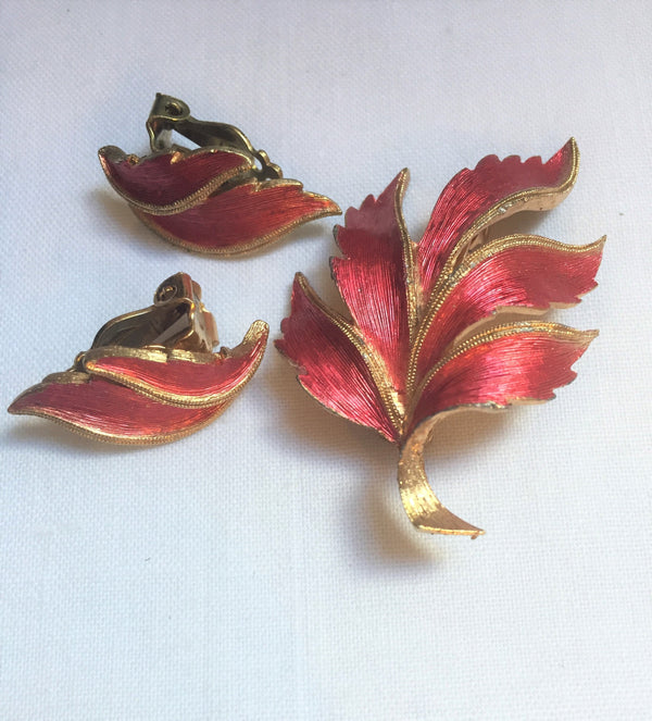 Vintage JJ (Jonette Jewelry Co) Leaf Pin and Earring set (demi parure) in Red and Gold Leaf, Lovely