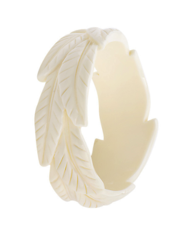 Stunning THICK Vintage Inspired Off-White, Leaves, CARVED RESIN bangle/bracelet - TIKI