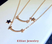 Load image into Gallery viewer, Diamond Pendent in 18K Gold - Elliot Jewelry
