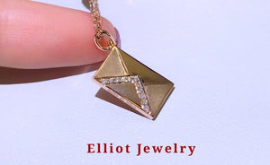 Diamond Necklace in 18K Gold | Elliot Jewelry