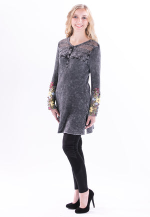 Leanor Collectable Tunic by Aratta - ShopMINQ
