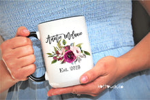 Load image into Gallery viewer, Auntie Mug,Baby Reveal Auntie,Pregnancy Reveal Sister,Sisters To Aunt Mug,sister promoted,Aunt to be,New Aunt mug,surprise mug aunt FM-AU-6