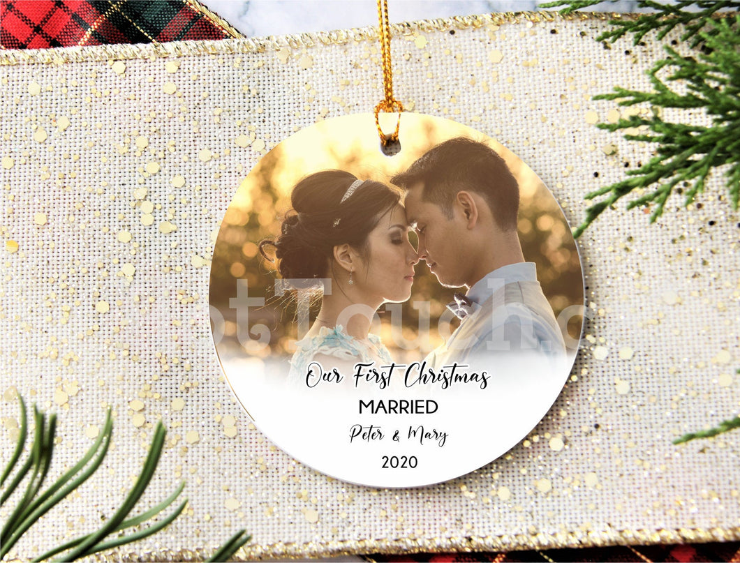 Our First Christmas Married ornament,Personalized Christmas ornaments, Mr Mrs ornament, home decor, christmas decor, wedding gift XS-FRS-9