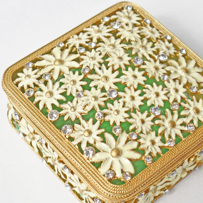 WHITE DAISIES with GREEN inside, GOLD Trinket Box- Jamagrasha Customized Item