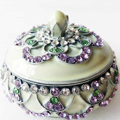 "Ring Holder - RING HOLDER ""Antique Silver"" Cream, Lavender & Green, Ring Holder - Jamagrasha Custom Item"