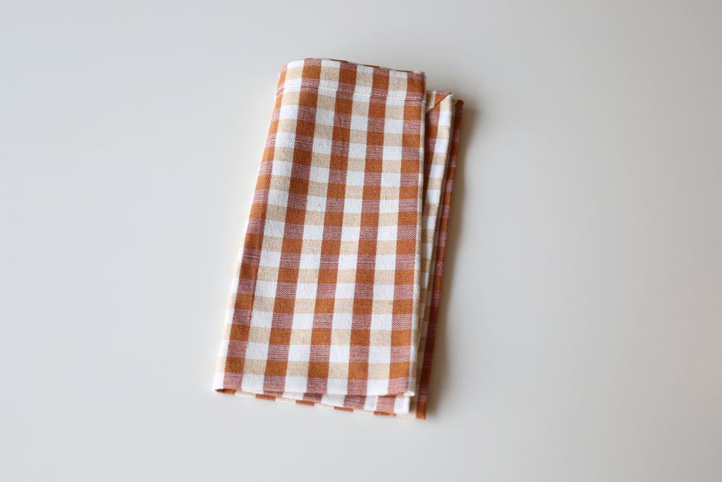 Gingham Tablecloths