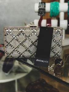 Diamond purse by Divina Pele