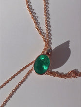 Load image into Gallery viewer, 2.00 Carat Colombian Emerald Solitaire Pendant Necklace 18K Rose Gold