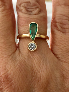 Antique Style Emerald and Diamond Ring Inspire on 1900's
