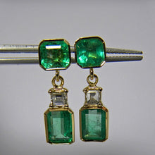 Load image into Gallery viewer, 5.95 Carat Natural Colombian Emerald Diamond Dangle Earrings 18K