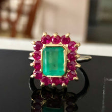 Load image into Gallery viewer, 3.50 Carat Vintage Emerald Ruby Cocktail Ring 18K and Platinum