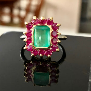 3.50 Carat Vintage Emerald Ruby Cocktail Ring 18K and Platinum